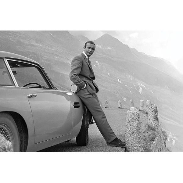 James Bond - Sean Connery & Aston Martin MultiColor