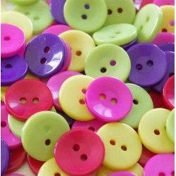 100 knappar i resin - 15 mm