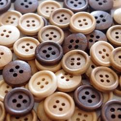 100 träknappar i naturfärger - 15 mm