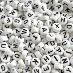 Bokstavspärlor  ca 520 st. -   ca 20 av varje bokstav