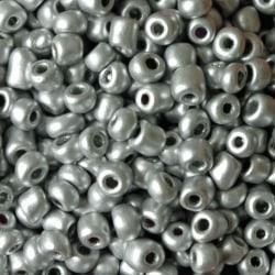 Seedbeads - glaspärlor - 4 mm - ca 550 st - silvergrå