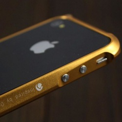 Demolition (Gyllene) iPhone 4 Aluminium-Bumper