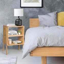Sängbord med öppet fack