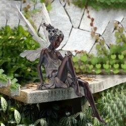 Tudor och Turek Sitting Fairy Statue Garden Ornament Harts Craft Black