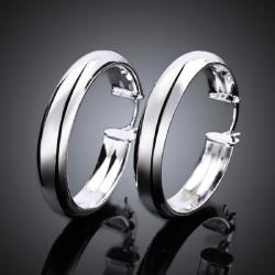 Klassiska Hoop Silver Örhängen - Blanka & Stilrena  Silver