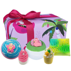 Bomb Cosmetics Christmas Tropicana Gift Box Transparent