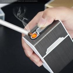 Silver Cigarettetui inbyggd usb tändare för hela cigarettpaketet Silver one size