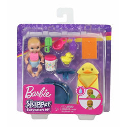 Barbie Skipper Babysitter Baddags GHV84 multifärg
