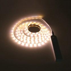 LED-belysning under möbler Batteri Varmvit