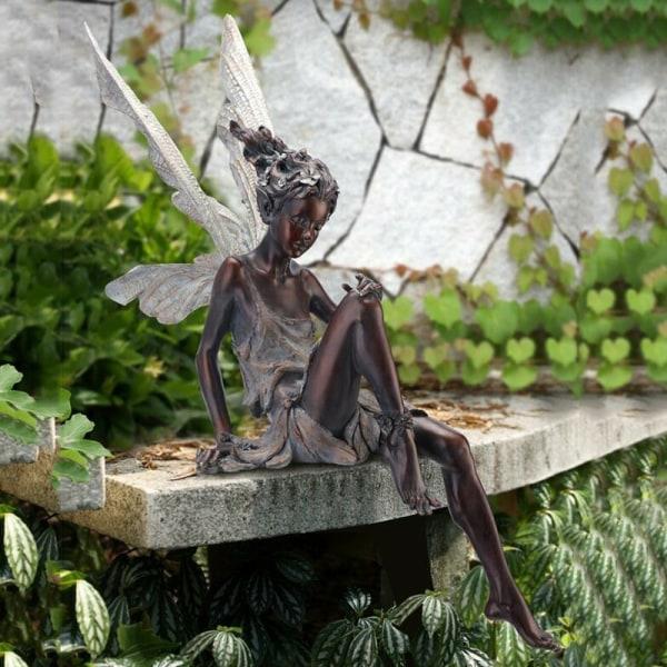 Tudor och Turek Sitting Fairy Statue Garden Ornament Harts Craft