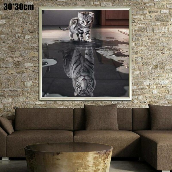 5D Animal Cat and Tiger Diamond Painting Embroidery Arts Kit Cat 30*30cm