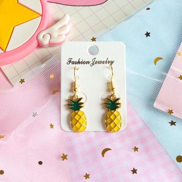 Hängande Guld Örhängen - Hänge i form av Gul Ananas / Pineapple Guld
