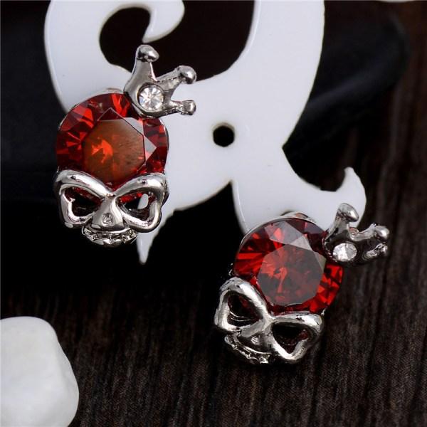Silver Stud Örhängen - Döskalle med Röd CZ Kristall    Röd
