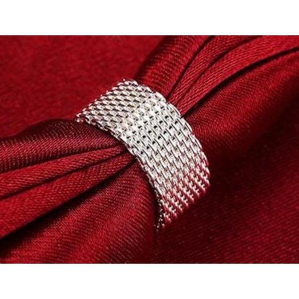 Silver Ring i Flätad Design - Elegant & Stilren - Stl 18,2 Silver