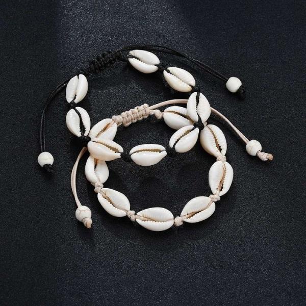Justerbart Armband med vita snäckor - Svart Svart