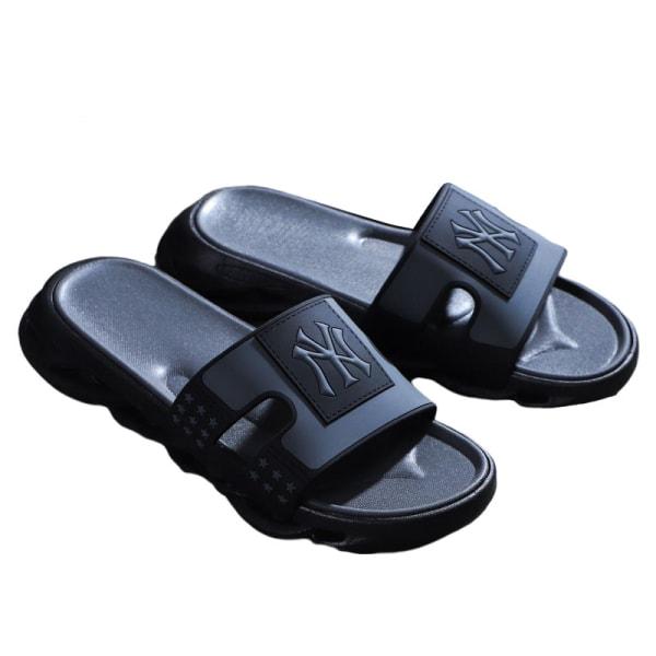 Tofflor för män slitstarka strandskor bekväma sandaler Svart Och Grå Brev 43/44