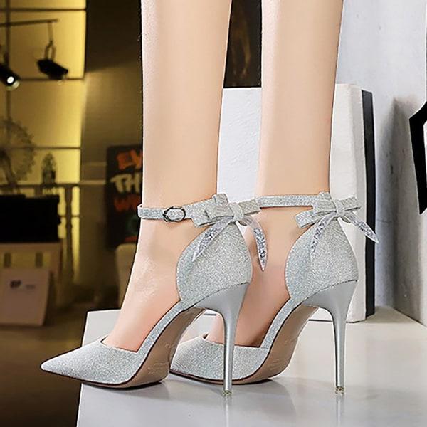 Kvinnor Stilettos D'Orsay Pumps med spetsiga ankelband Gold 6.5