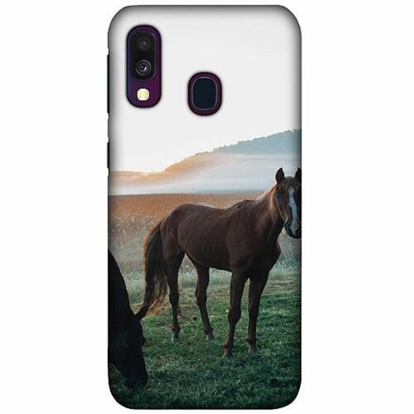 Samsung Galaxy A40 LUX Mobilskal (Matt) Häst / Horse