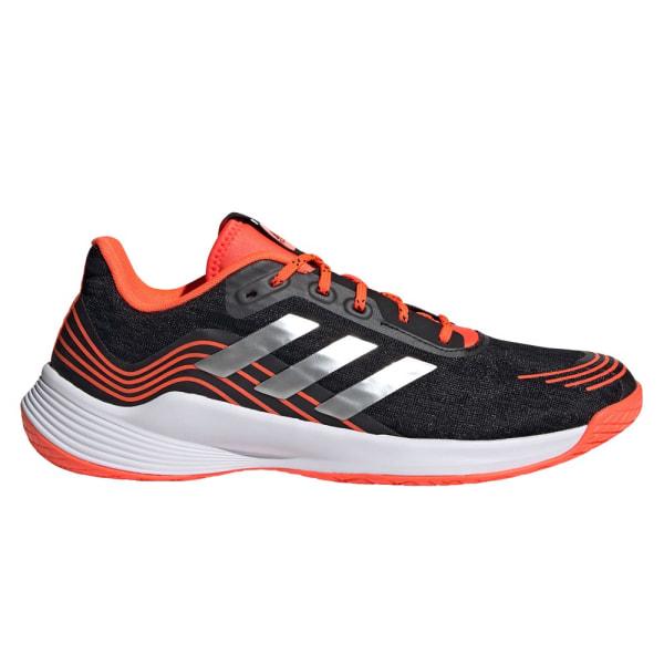 Adidas Novaflight Svarta 45 1/3