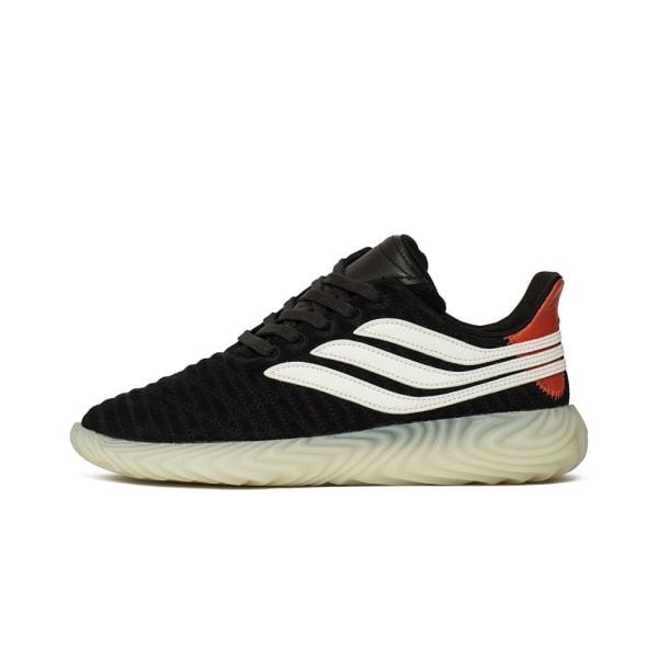 Adidas Sobakov Svarta 42 2/3