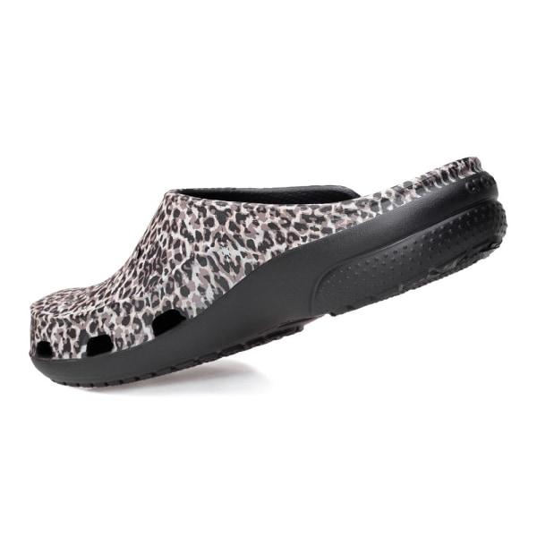 Crocs Freesail Animal Vit,Svarta,Beige 34