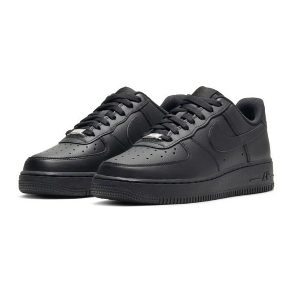 Nike Air Force 1 07 Svarta 38.5