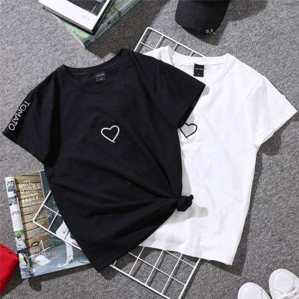 Kortärmad t-shirt kvinnlig Hong Kong stil T-shirt kvinnlig pri