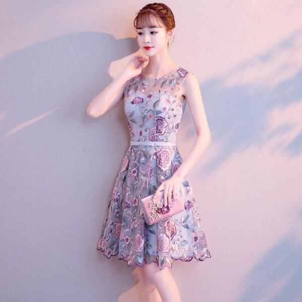 Eleganta o-ringade ärmlösa korta avläggsklänningar As Picture 18W