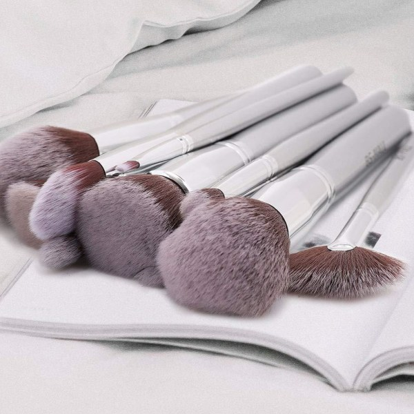 BS04 - BS-MALL 14 st. exklusiva Make-up / sminkborstar av Bästa