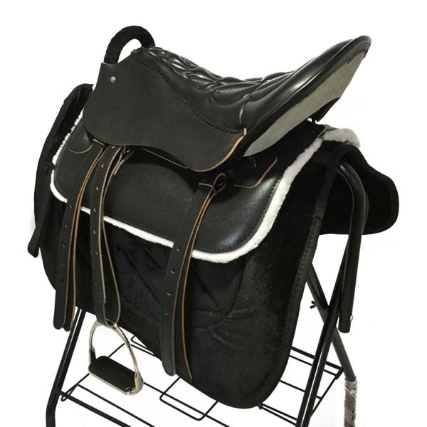 Turist sadelhäst ren ko läder ryttarutrustning