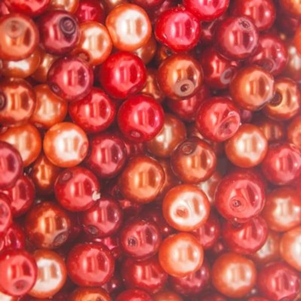 100 kpl Vahatut lasihelmet 6 mm punainen sekoitus